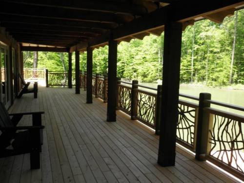 Beautifully Decorated Deck