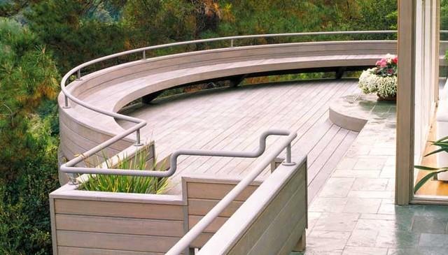 JG-Elevated-Redwood-Deck-bench-railing