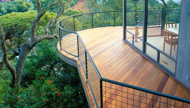 JG-Sausalito-elevated-curved-ipe-deck