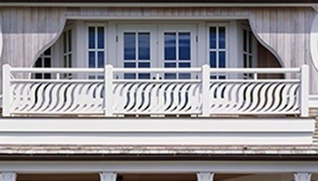 Maison-Sirene-railing-arc-balusters