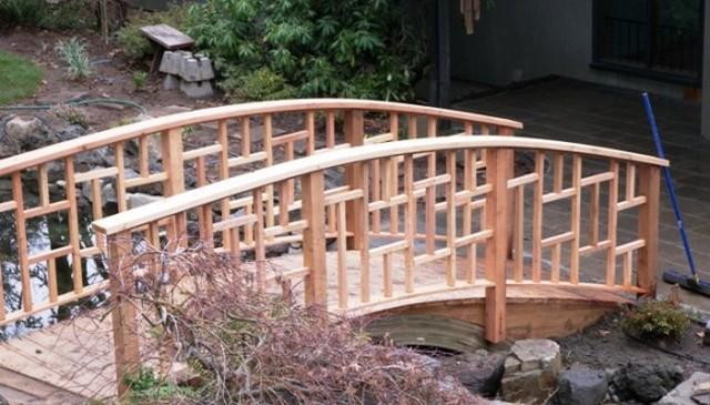 asian-exterior-railing
