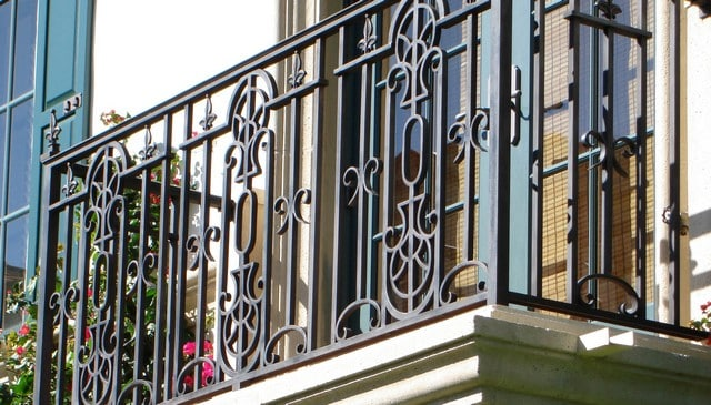 colonial-mediterranean-wrought-iron-railing