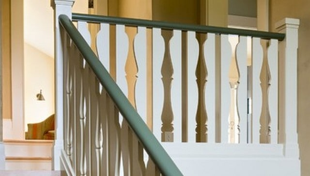 cut-balusters-look-like-turned