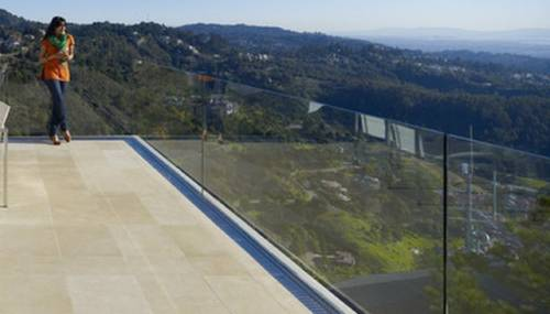 Completely Frameless Glass Panel Railing
