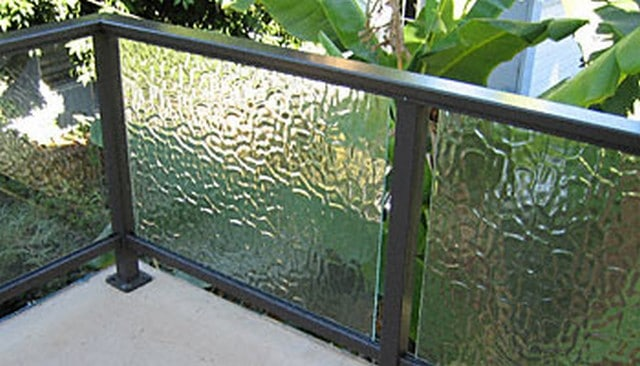 Textured Glass Panel Handrail