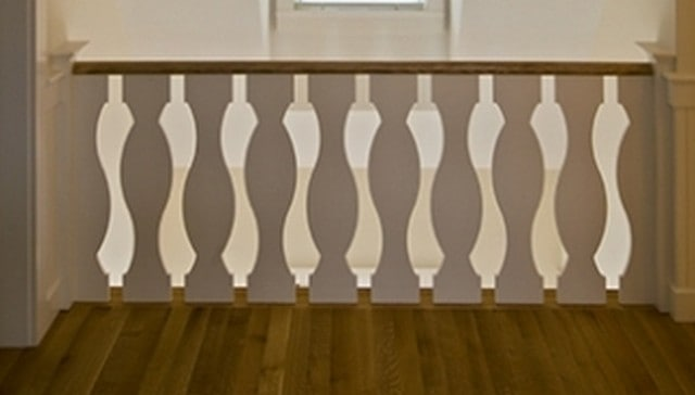Graceful Arc Jigsaw Baluster Railing