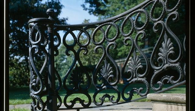 iron-railing-idea