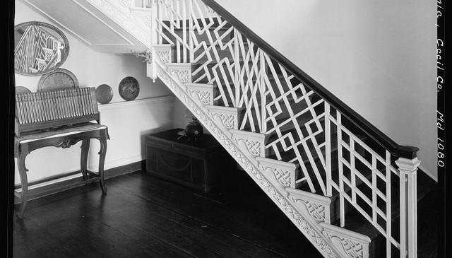 multiple-pattern-metal-railing-idea