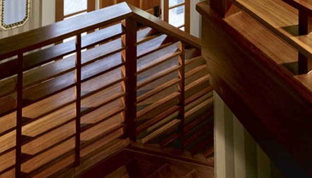 nice-carpentry-railing-idea