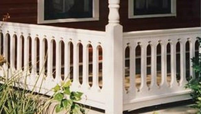 oval-pattern-sawn-baluster-railing