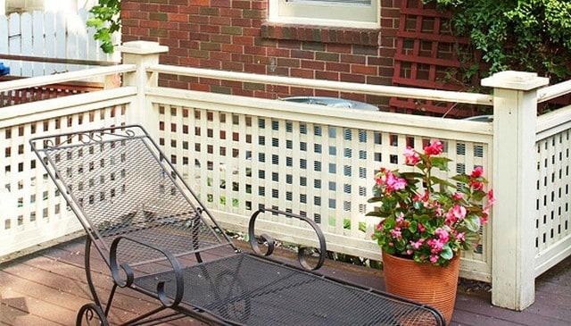 painted-wood-lattice-guardrail
