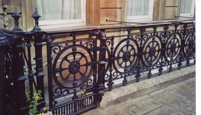 railings_vicsq