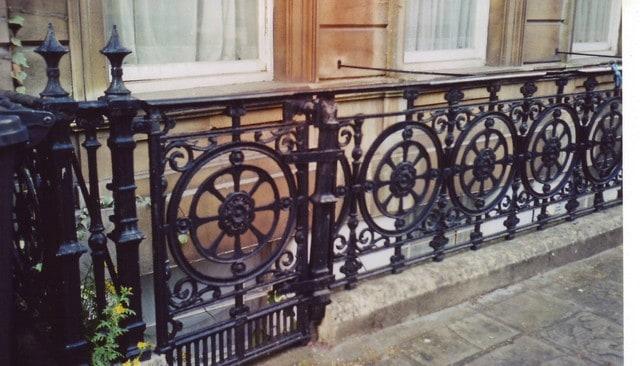 railings_vicsq