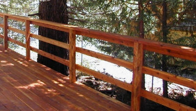rustic-triple-horizontal-railing