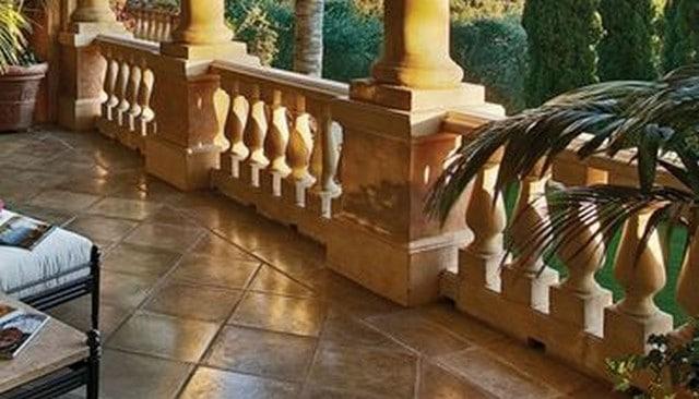 stone-turned-baluster-railing