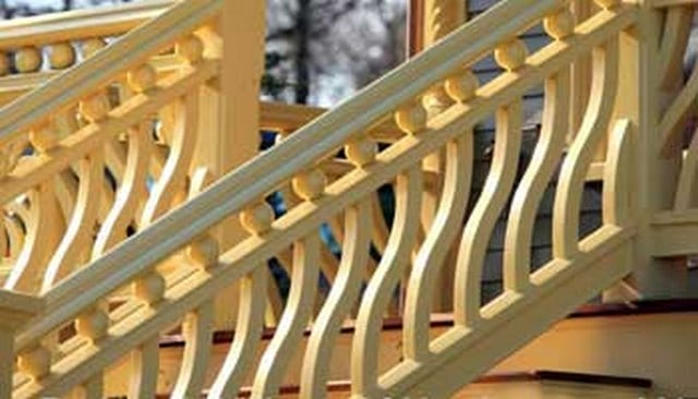 wavy-balusters-with-spheres-handrail