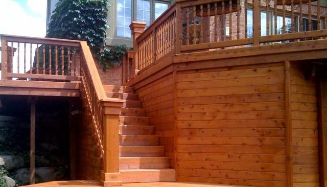 wood-post-cap-turned-baluster-railing