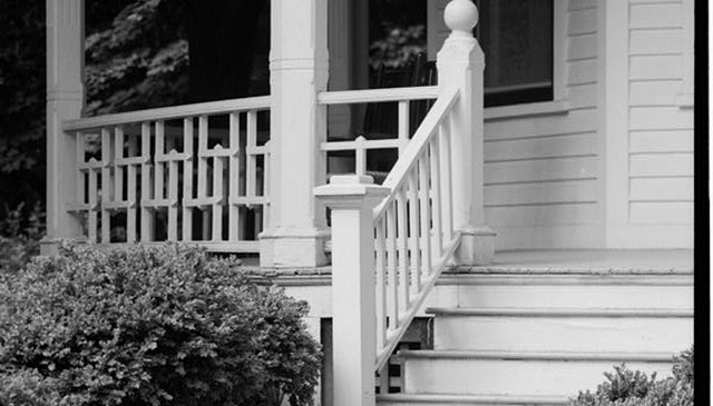 wood-railing-pattern-idea