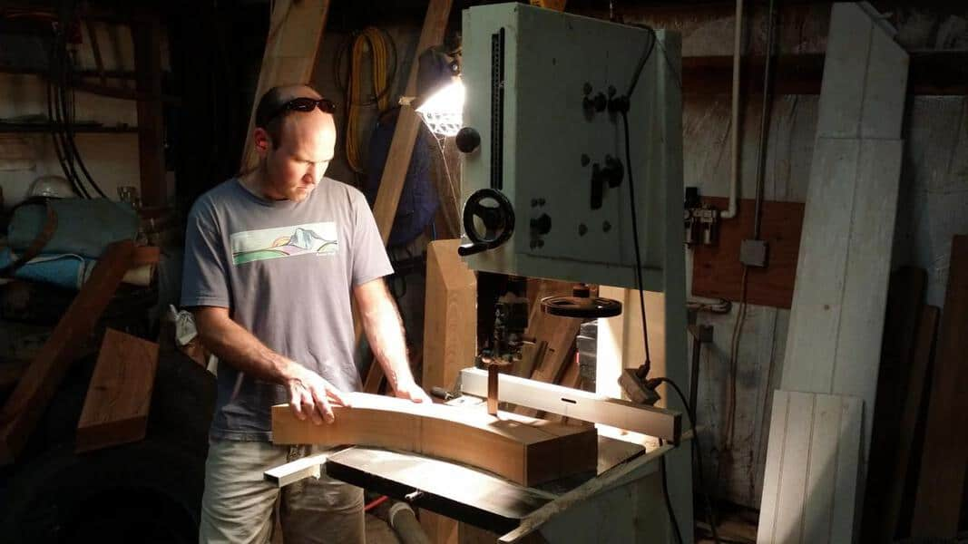 Cutting a Curve with a Bandsaw