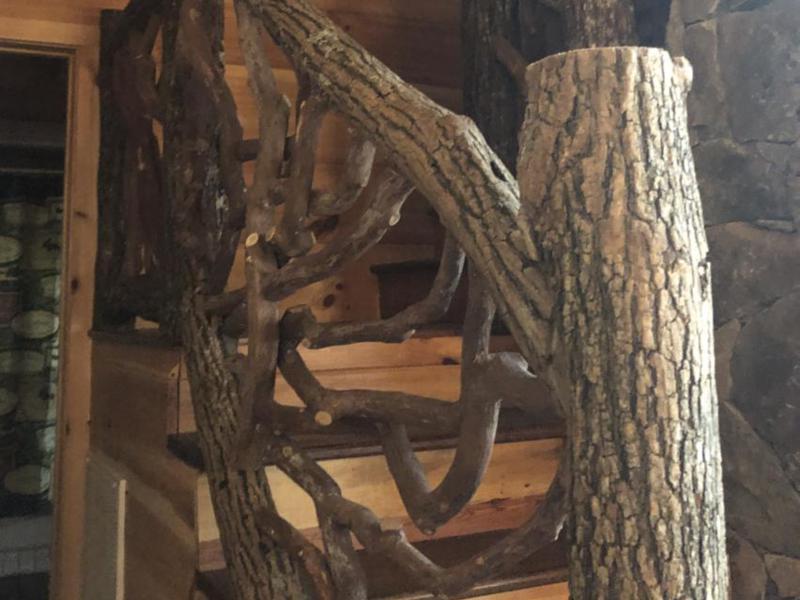 3-log-railing-product-locust-bark-on