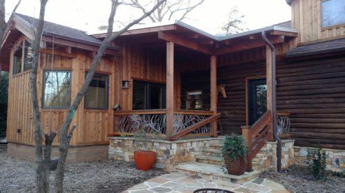 Log Home Railing After