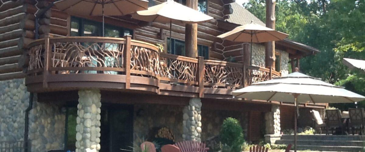 1-curved-railings-log-home